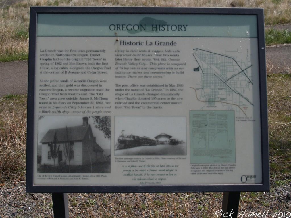 Historic La Grande Sign
