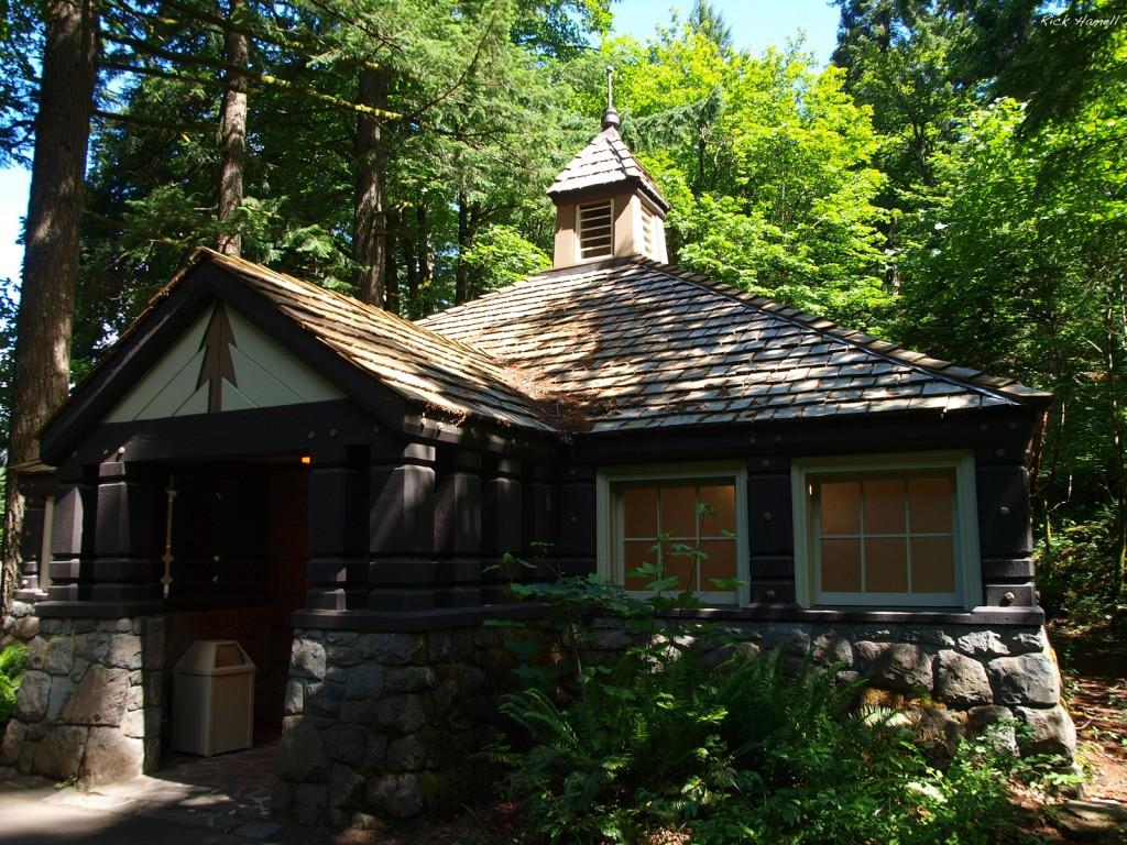 Eagle Creek Restroom