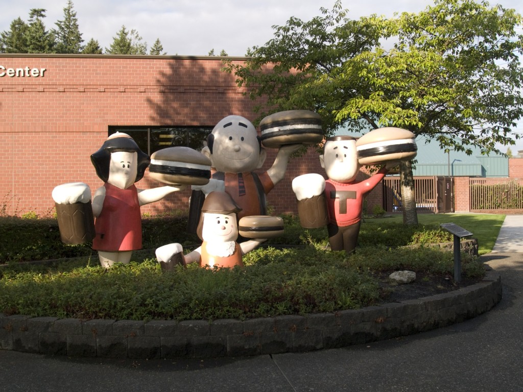 A & W Family Statues