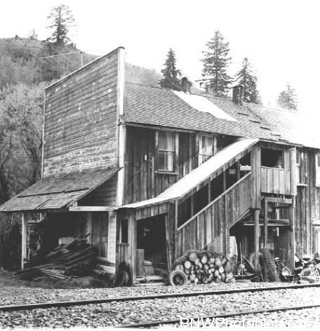George T. Smith Store was found at Chitwood on August 3, 1966