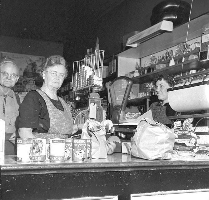 Interior of O'Kelley's grocery store at Hoskins - 1959
