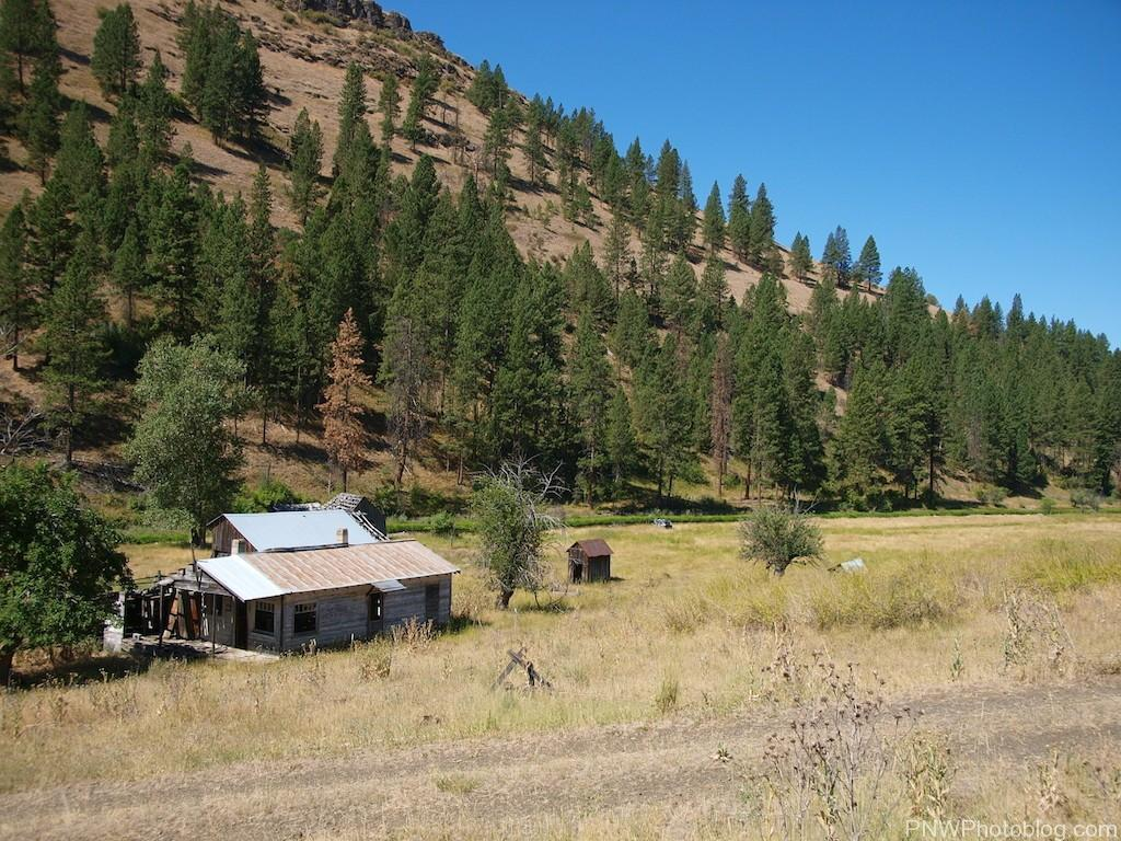 Abandoned farm outside of Galena Oregon